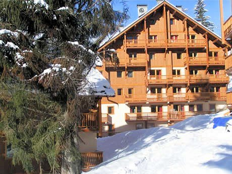 chalet-des-neiges-oz-en-oisans-grandes-rousses-wintersport-frankrijk-ski-snowboard-raquettes-langlauf-wandelen-interlodge.jpg