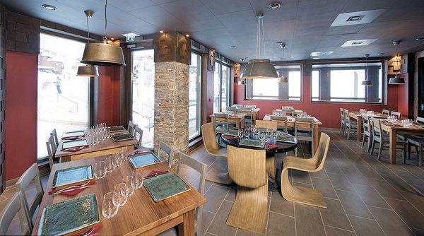 residence-le-hameau-du-kashmir-montagnettes-restaurant-le-yack-val-thorens-les-trois-vallees-wintersport-frankrijk-ski-snowboard-raquettes-schneeschuhlaufen-langlaufen-wandelen-interlodge.jpg