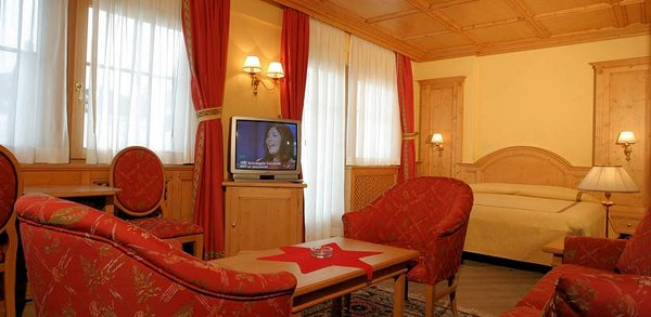hotel-valtellina-suite-bed-livigno-wintersport-italie-interlodge.jpg