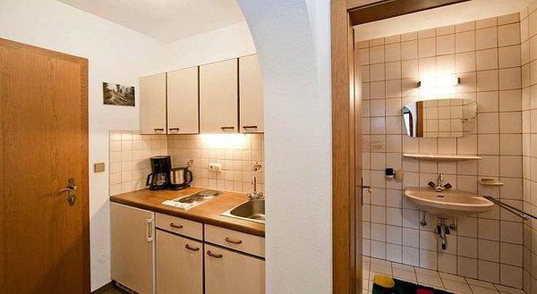 keuken-landhaus-maridl-hart-im-zillertal-wintersport-interlodge.jpg
