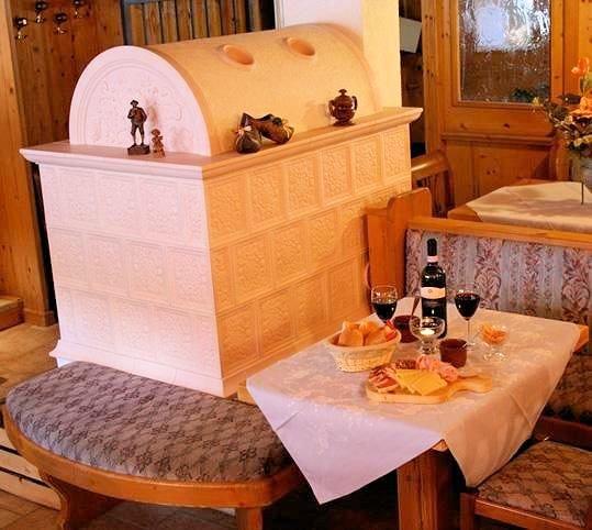 hotel-residence-dahu-passo-tonale-wintersport-italie-ski-snowboard-raquettes-schneeschuhlaufen-wandelen-interlodge.jpg