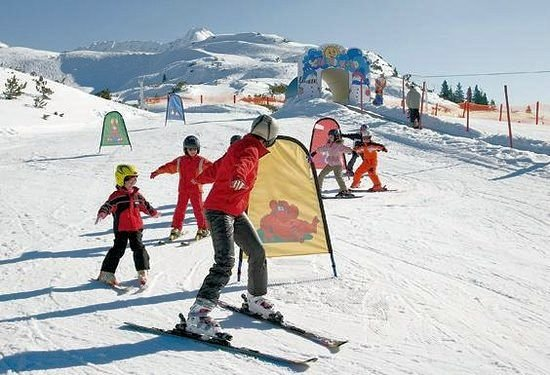 skischool-wald-am-arlberg-vorarlberg-wintersport-oostenrijk-interlodge