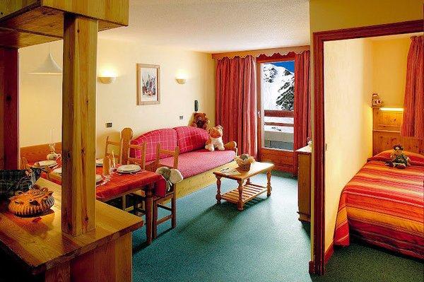 village-montana-appartement-6-personen-val-thorens-les-trois-vallees-wintersport-frankrijk-ski-snowboard-raquettes-schneeschuhlaufen-langlaufen-wandelen-interlodge.jpg