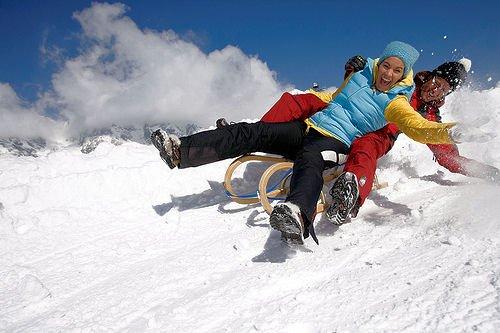 slee-saalbach-hinterglemm-oostenrijk-wintersport-ski-snowboard-raquette-schneeschuhlaufen-langlaufen-wandelen-interlodge.jpg