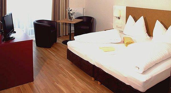 kamer-hotel-malerhaus-fuegen-wintersport-oostenrijk-interlodge.jpg