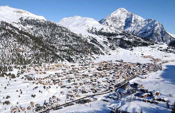 via-lattea-montgenevre-wintersport-frankrijk-ski-snowboard-raquettes-schneeschuhlaufen-langlaufen-wandelen.jpg