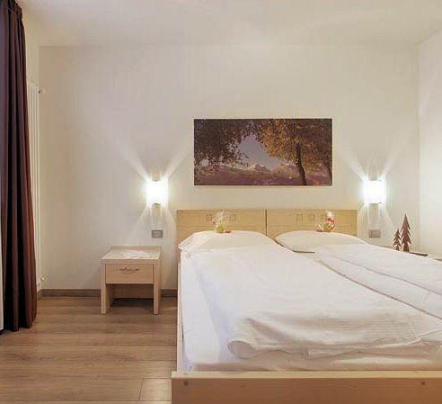 ziano-2-kamer-appartement-4-personen-apparthotel-nele-wintersport-italie-ski-snowboard-raquettes-langlaufen-wandelen-interlodge.jpg