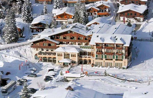 hotel-konigsleiten-zillertal-arena-wintersport-oostenrijk-interlodge
