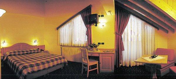 kamer-hotel-tyrolia-malga-ciapela-marmolada-dolomiti-wintersport-italie-interlodge.jpg
