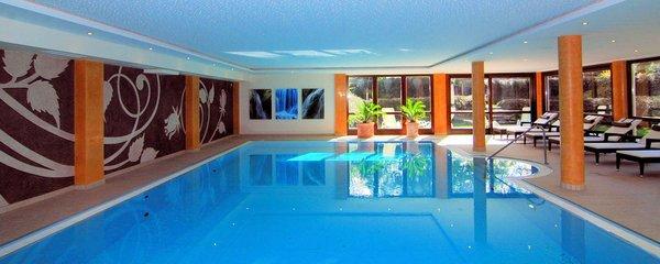 zwembad-hotel-sonnalp-kirchberg-wintersport-interlodge.jpg