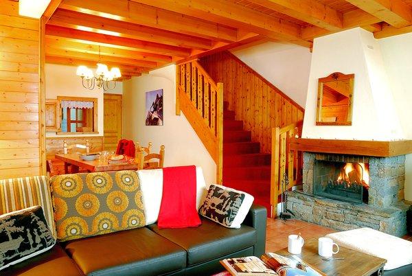 open-haard-chalet-montagnettes-le-chalet-du-vallon-belle-plagne-paradiski-wintersport-frankrijk-ski-snowboard-raquettes-langlaufen-wandelen-interlodge.jpg