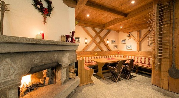 open-haard-touristhotel-valtournenche-aosta-wintersport-interlodge.jpg