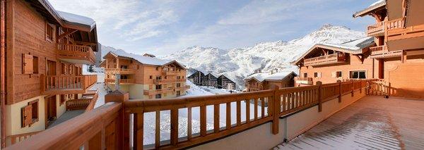 gebouwen-residence-les-clarines-les-menuires-les-trois-vallees-wintersport-frankrijk-ski-snowboard-raquettes-schneeschuhlaufen-langlaufen-wandelen-interlodge.jpg