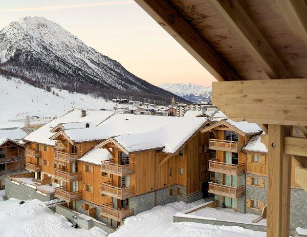chalets-des-dolines-montgenevre-la-voie-lactee-wintersport-frankrijk-ski-snowboard-raquettes-schneeschuhlaufen-langlaufen-wandelen-interlodge.jpg