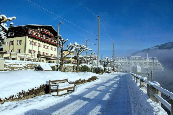 buitenkant-hotel-seehof-zell-am-see-wintersport-oostenrijk-interlodge.jpg