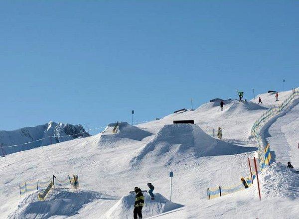 snowpark-serfaus-fiss-ladis-oostenrijk-wintersport-ski-snowboard-raquettes-schneeschuhlaufen-langlaufen-wandelen-interlodge.jpg