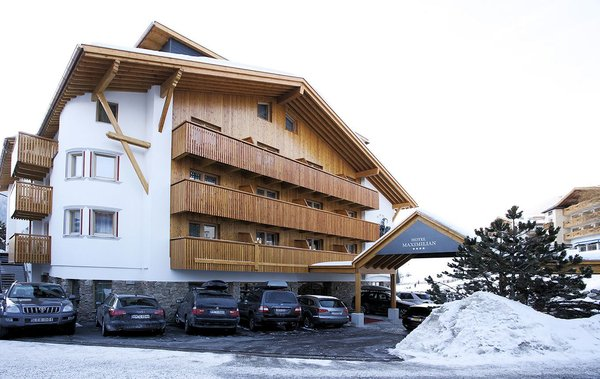 entree-hotel-maximilian-serfaus-fiss-ladis-wintersport-oostenrijk-interlodge