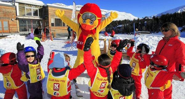 kinderclub-piou-piou-de‰voluy-frankrijk-wintersport-ski-snowboard-raquette-schneeschuhlaufen-langlaufen-wandelen-interlodge.jpg