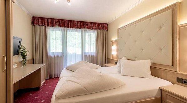 kamer-hotel-regina-solden-otztal-wintersport-interlodge.jpg