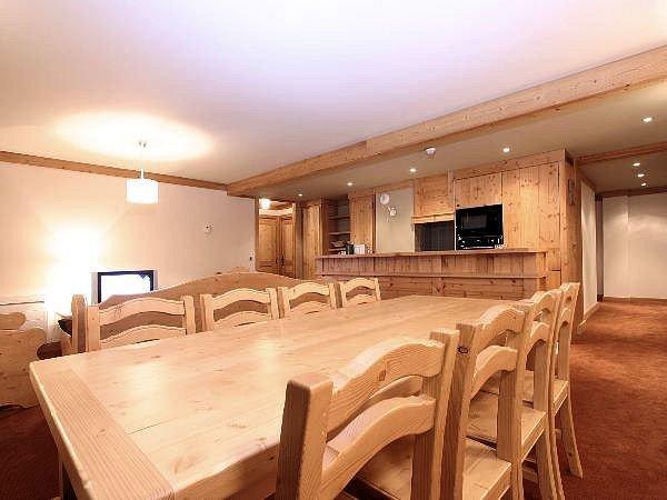 residence-alba-interieur-keuken-les-deux-alpes-wintersport-frankrijk-ski-snowboard-raquettes-schneeschuhlaufen-langlaufen-wandelen-interlodge.jpg