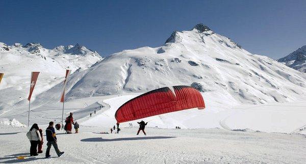 silvapark-parapente-galtur-oostenrijk-wintersport-ski-snowboard-raquette-schneeschuhlaufen-langlaufen-wandelen-interlodge.jpg