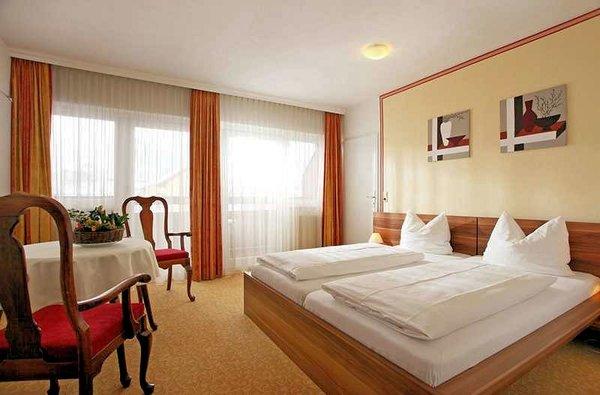 slaapkamer-parkhotel-kirchberg-wintersport-oostenrijk-interlodge