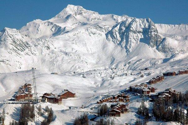 uitzicht-plagne-soleil-paradiski-wintersport-frankrijk-interlodge