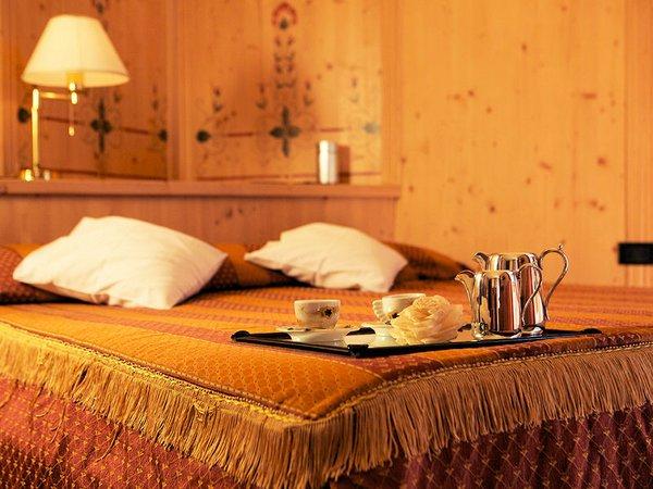 hotel-caminetto-kamer-folgarida-skirama-dolomiti-wintersport-italie-ski-snowboard-raquettes-schneeschuhlaufen-langlaufen-wandelen-interlodge.jpg