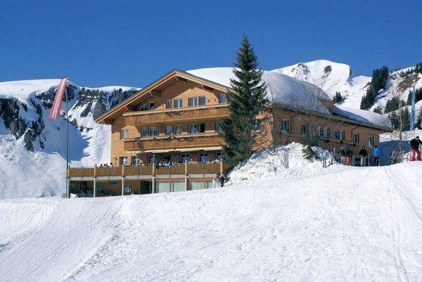 hotel-walisgaden-damuls-vorarlberg-wintersport-oostenrijk-interlodge