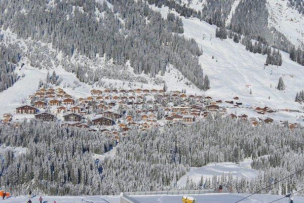 panorama-konigsleiten-zillertal-arena-oostenrijk-wintersport-ski-snowboard-raquette-schneeschuhlaufen-langlaufen-wandelen-interlodge.jpg