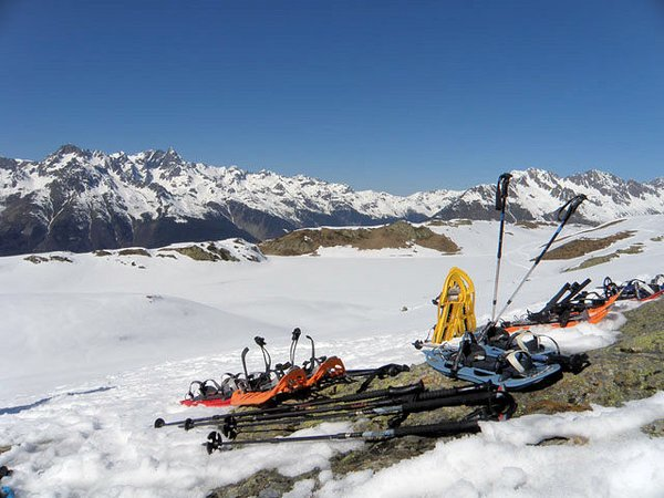 alpe-d-huez-grandes-rousses-raquettes-frankrijk-wintersport-ski-snowboard-raquette-schneeschuhlaufen-langlaufen-wandelen-interlodge.jpg