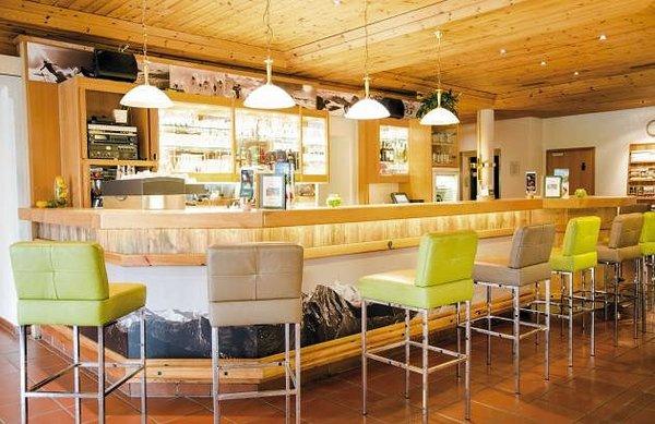hotel-das-gastein-bar-bad-hofgastein--ski-amade-wintersport-oostenrijk-interlodge