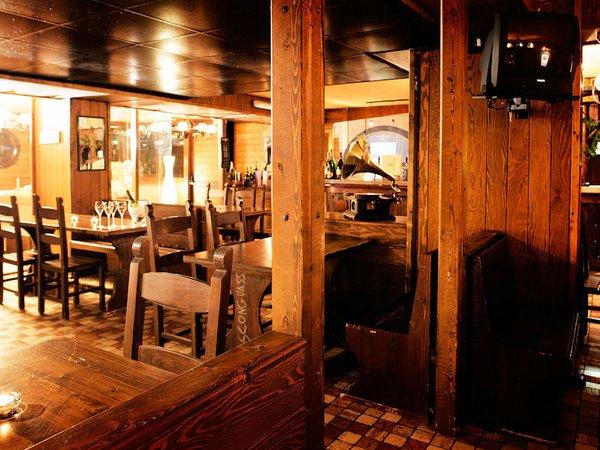 hotel-caminetto-wijnbar-folgarida-skirama-dolomiti-wintersport-italie-ski-snowboard-raquettes-schneeschuhlaufen-langlaufen-wandelen-interlodge.jpg