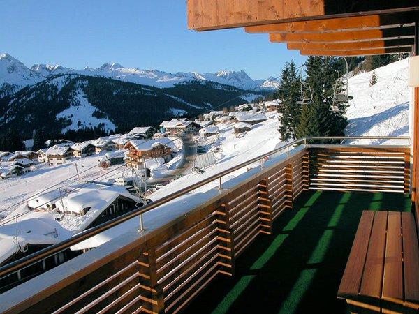 am-edelweisanger-balkon-konigsleiten-zillertal-arena-oostenrijk-wintersport-ski-snowboard-raquette-schneeschuhlaufen-langlaufen-wandelen-interlodge.jpg