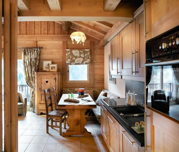 keuken-residence-les-alpages-de-champagny-paradiski-wintersport-frankrijk-ski-snowboard-langlauf-wandelen-interlodge.jpg