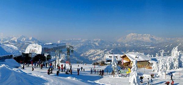 lift-salzburger-sportwelt-amade-wintersport-oostenrijk-ski-snowboard-raquettes-schneeschuhlaufen-langlaufen-wandelen-interlodge.jpg