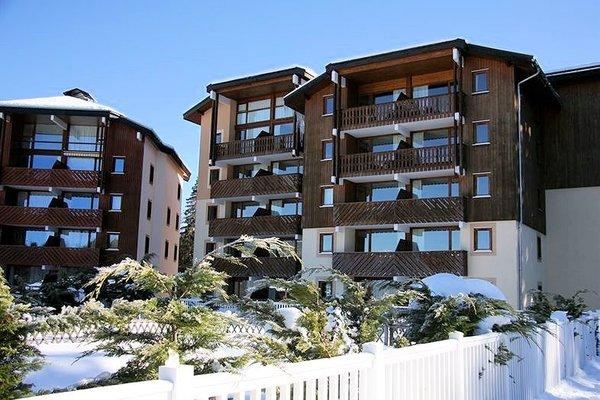 buitenkant-residence-le-buet-morillon-le-grand-massif-wintersport-frankrijk-ski-snowboard-raquettes-schneeschuhlaufen-langlaufen-wandelen-interlodge.jpg