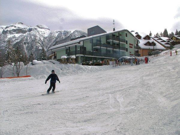hotel-alaska-winter-piste-folgarida-skirama-dolomiti-wintersport-italie-ski-snowboard-raquettes-schneeschuhlaufen-langlaufen-wandelen-interlodge.jpg