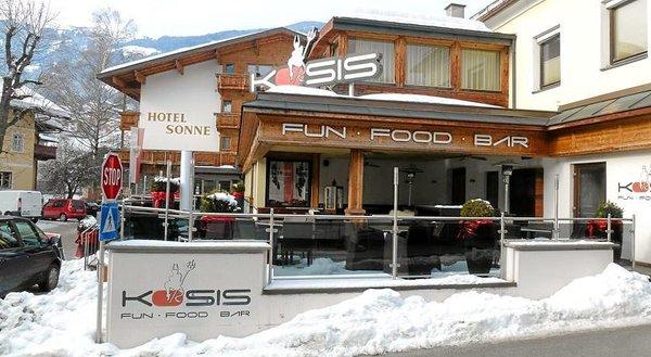 buitenkant-hotel-sonne-fa-frac14gen-wintersport-interlodge.jpg