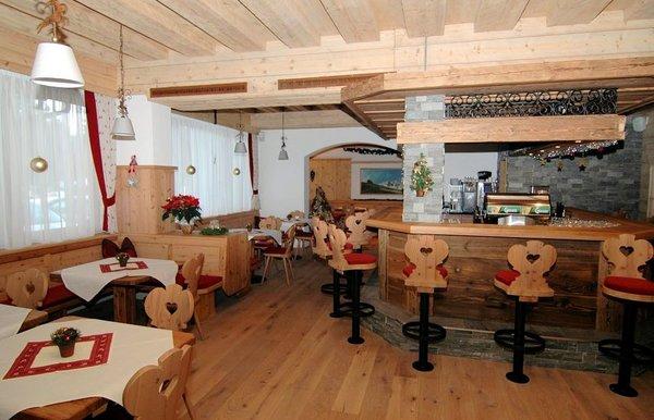 bar-hotel-sonnalp-kirchberg-wintersport-oostenrijk-interlodge