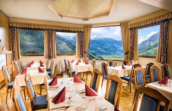 restaurant-sporthotel-alpenblick-bad-gastein-ski-amade-wintersport-oostenrijk-interlodge