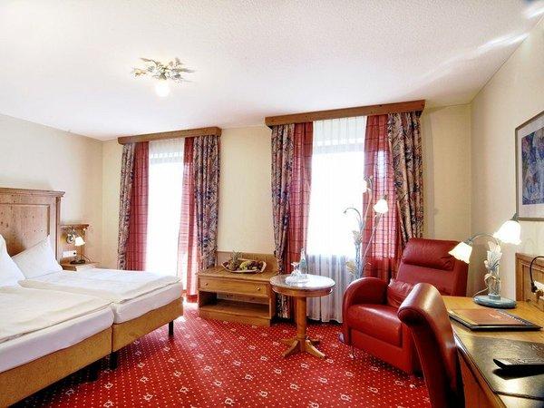 alpenhotel-kronprinz-slaapkamer-berchtesgaden-beieren-duitsland-wintersport-interlodge