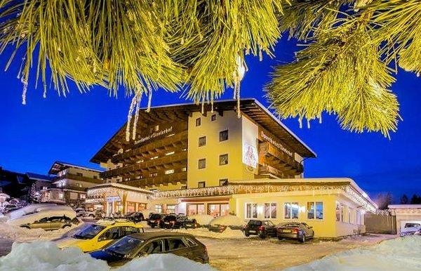 sporthotel-tirolerhof-itter-skiwelt-wilder-kaiser-wintersport-oostenrijk-interlodge