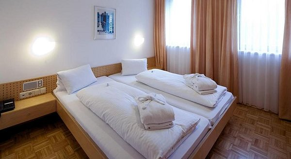 kamer-hotel-widderstein-schra-paracken-arlberg-wintersport-interlodge.jpg