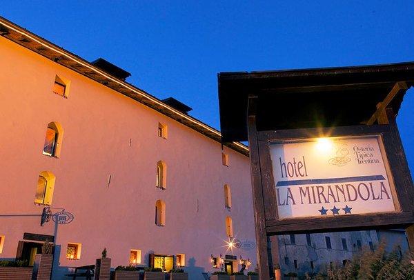hotel-mirandola-passo-tonale-wintersport-italie-ski-snowboard-raquettes-schneeschuhlaufe-langlaufen-wandelen-interlodge.jpg