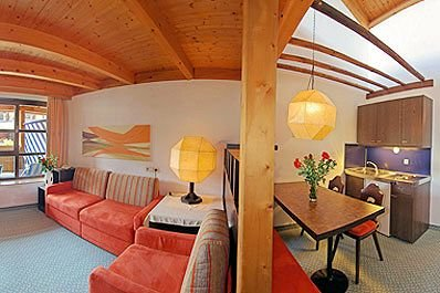 woonkamer-appartements-schindlhaus-soll-am-wilden-kaiser-wintersport-interlodge.jpg