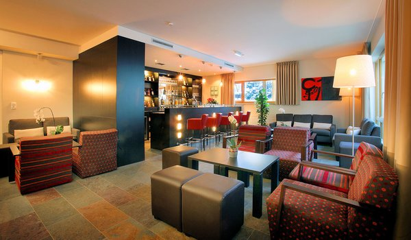 st-anton-am-arlberg-banyan-hotel-bar-oostenrijk-interlodge.jpg