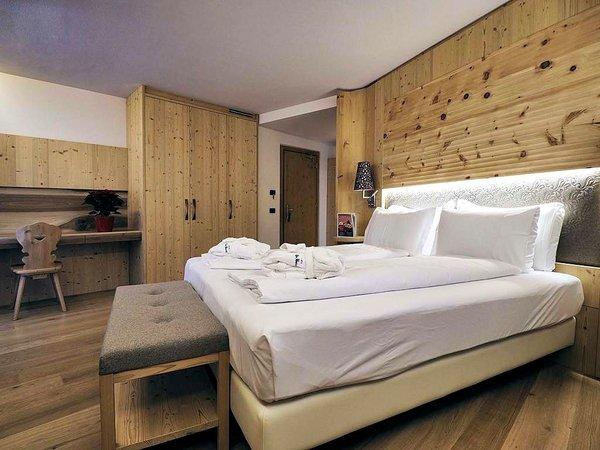 kamer-hotel-bertelli-madonna-di-campiglio-skirama-dolomiti-wintersport-interlodge
