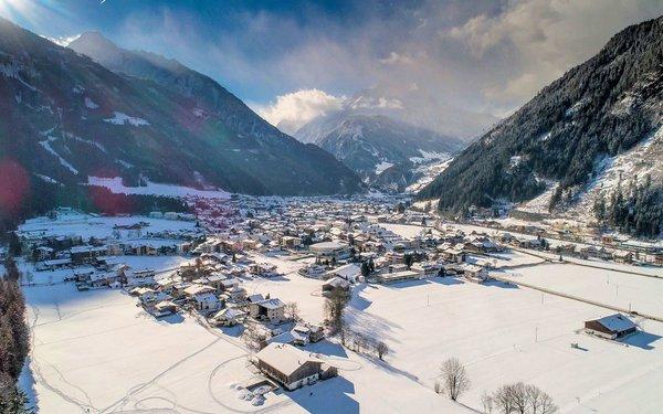 mayrhofen-uitzicht-wintersport-oostenrijk-interlodge