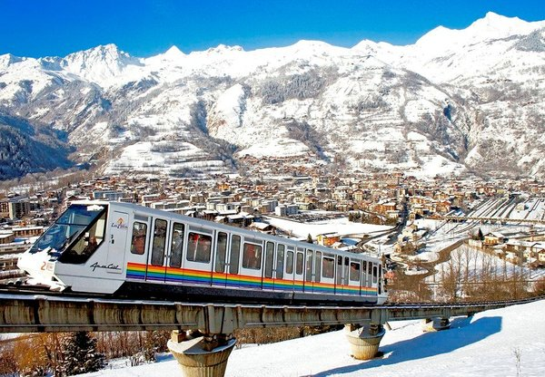 funiculaire-arc-bourg-st-maurice-paradiski-wintersport-frankrijk-interlodge
